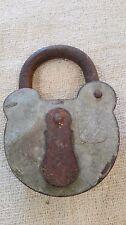 Cadenas MARIN ancien à clef de collection blason/étoile/ à oreilles. B121