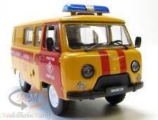 AGZ (UAS-3909) Kleinbus orange Verkehrspolizei UdSSR/Russland Scale 1:43 - OVP