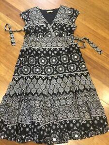 Tu summer dress size 16. Cotton, gypsy style with tie belt.Artisan style