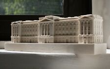 Buckingham Palace - Detailed Hand Made Model in Gypsum Plaster 6 cm high NEW