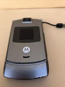 Motorola Razor Cellphone works great Nice and very clean sprint