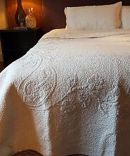 Cloud white flower hand  embroidery  100% Cotton bedspread double 240 x 250cm