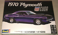 Revell 1970 Plymouth AAR Cuda 1:25 scale model car kit new 4416
