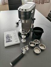 De'Longhi Dedica Style EC 685.BK Espresso Siebträgermaschine