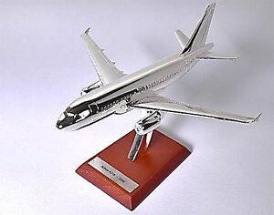 AIRBUS A318 2002 Silver Classic Atlas - 1/200