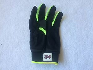 David Ortiz Game Used Batting Glove Green 2016 marucci Left Hand Only