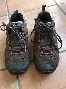 ladies merrell walking shoes 6