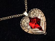 Steampunk Halskette und Anhänger Herz mit Flügel und roter Stein