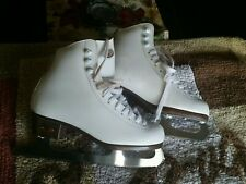 Riedell ice skates size 3