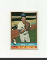 1976 Topps Tommy John #416 Baseball Card - Los Angeles Dodgers HOF