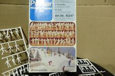 PREISER 1:87 WINTER SKIERS, SKATERS ETC X 65 FIGURES BOXED HO / OO 16347 TYPE