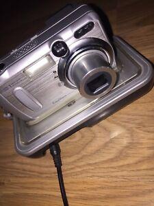 Kodak EASYSHARE DX6340 3.1MP Digital Camera - Silver