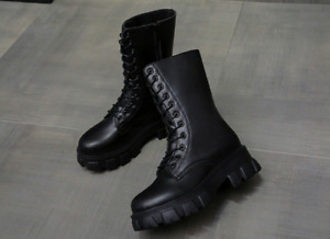 Women's Martin Boots Round Thick-Soled Motorcycle British Chic Solid Fashion