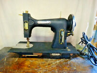 Antique Sears Roebuck Commander Electric Sewing Machine 117.3103 w/ Knee Pedal