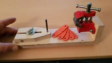 Catapult/Slingshot , Band Tying Jig  + 5 Free Pouches