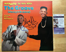DJ JAZZY JEFF & THE FRESH PRINCE SIGNED THE GROOVE VINYL RECORD w/JSA & PROOF!