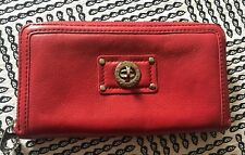 MARC BY MARC JACOBS Totally Turnlock Black Leather Clutch Wallet