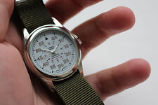 Printed Dial Unisex Vintage Style Wrist Watch with Green Nato Strap