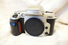 Nikon F60 AUTOFOCUS 35MM SLR CAMERA BODY COMPLETO E FUNZIONANTE