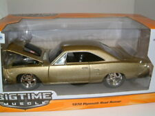 1/24  1970  PLYMOUTH ROAD RUNNER IN METALLIC GOLD, JADA,
