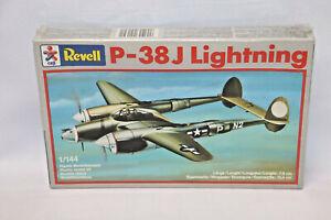 REVELL CEJI P-38J LIGHTNING -1984-  1:144