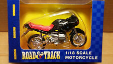 MAISTO Road & Track - 1/18 Scale Motorcycle Black/Red BMW R1100RS Diecast
