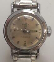VINTAGE TIMEX 17 JEWELS WOMEN'S STAINLESS STEEL STRETCH BAND WRIST WATCH