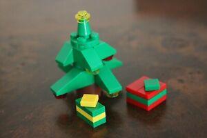 LEGO MINIFIG - Xmas Christmas Tree Presents-  Like NEW