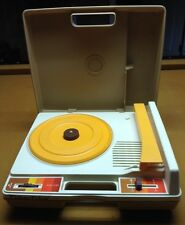 VINTAGE 1978 Fisher Price Kids RECORD PLAYER Tan #825 Phonograph WORKS TESTED