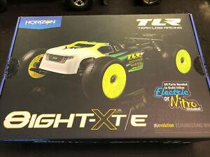 Team Losi 1/8 8IGHT-XT/XTE 4WD Nitro/Electric Truggy Race Kit