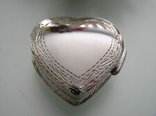 Vintage handmade Sterling Silver heart Pill / Trinket / Snuff box edge engraving