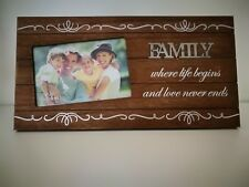 Family Timber Photo Frame With Metal Plaque Decoration  Idea for Gift & Home De