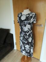 Ladies BM Dress Size 12 Black White Stretch Wiggle Party Evening Wedding
