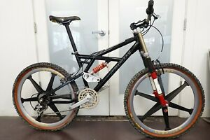"""1998 Ionic Ion DH6 Down Hill Full Suspension Small 16.5"""" Spinergy Crankset"""