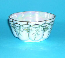 S C H Handmalerei China Sugar Bowl - Pearlescent base with gilding on relief.