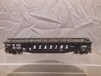 HO SCALE 50' COVERED GONDOLA READING