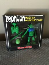 Vintage 1970's Atlantic Galaxy serie Zephton Movable Alien