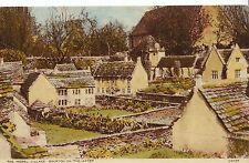 Gloucestershire Postcard - The Model Village - Bourton-on-The-Water   V2195