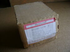 NEW HONEYWELL R8184G 1179 120V PROTECTORELAY OIL BURNER CONTROL RELAY