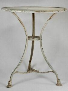 Pretty Arras garden table with blue / gray patina - early 20th century