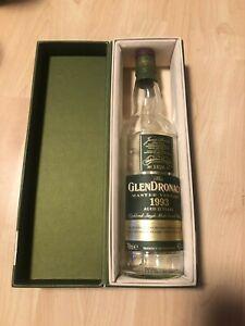 GlenDronach Master Vintage 1993, 25 Jahre, Verpackung und leere Flasche