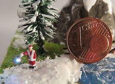 (vw01) Père Noël illumine personnage Piste Scale Z (1:220)