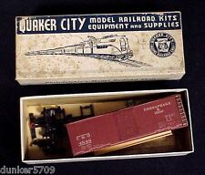 RARE HO SCALE QUAKER CITY TRAIN CAR C & O  TO COMPLETE OR FOR PARTS WITH BOX