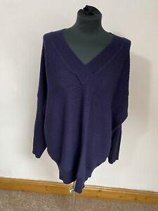 Size 18, blue v neck ribbed jumper - oversized