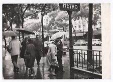 PHOTO PRESSE Bouche de métro parisienne Paris Entrée Vers 1960 Entrée Marcheur