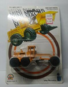 Vintage MINI MACKS Zee Toys Die Cast Construction Road Grader 1989