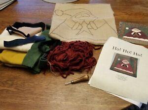 "Ho! Ho! Ho! - Crosse Stitchery - Rug Hooking Kit  16.5"" x 16.5"""