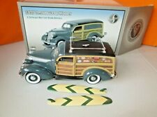Crown Premiums 1937 Studebaker Woody Bank 1:24 Diecast in Box
