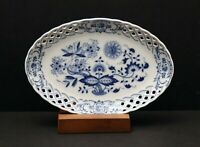 LOVELY HUTSCHENREUTHER BLUE/WHITE RETICULATED OVAL TRINKET DISH