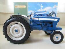 UNIVERSAL HOBBIES - 1964 FORD 5000 FARM TRACTOR - 1/16 DIECAST